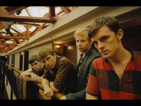 Franz Ferdinand - You Could Have It So Much Better (with lyrics)