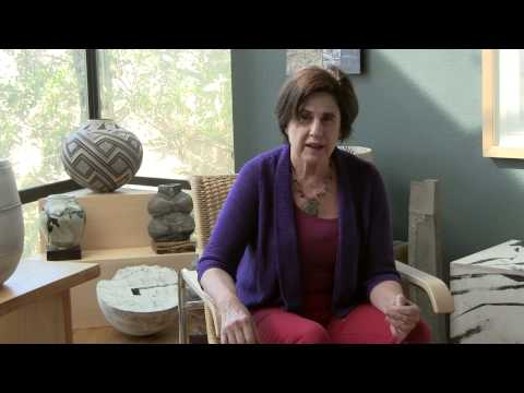 Paula, Living with Alzheimer's Disease: Woman on a mission,  Eps. 01