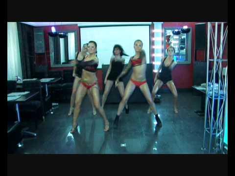 go-go dance with Julia, KiSSaS go-go show