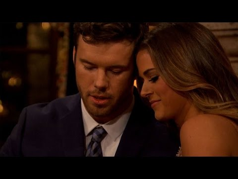 WATCH: 'Bachelorette' JoJo Fletcher Gets an 'Awkward' First Kiss in New Preview Clip!