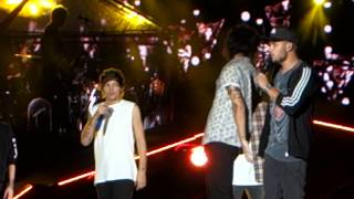 One Direction Video - One Direction. Happily. Lincoln Financial Field. Philadelphia. 8.14.14