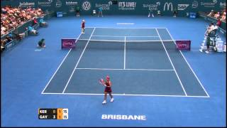 Angelique Kerber v Daria Gavrilova highlights (2R) - Brisbane International 2015