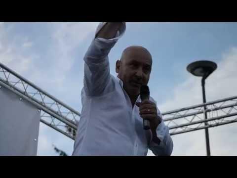 Maurizio Battista Comico – Spettacolo Divertente su Roma