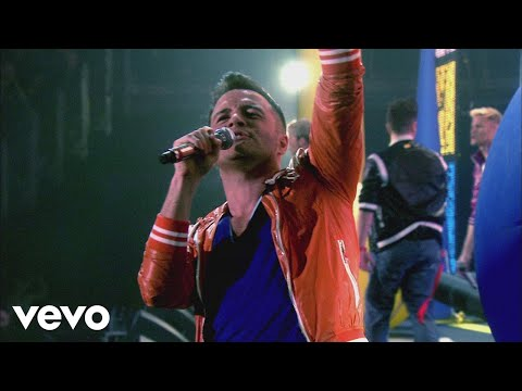 Westlife - Halo/How To Break A Heart (Live from The O2)