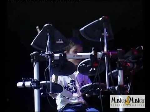 Carlo Ciotola suona Good Times by Musica & Musica