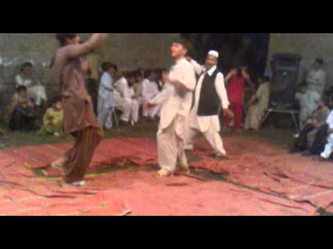 Pushto Sexy Dance In Peshawar video