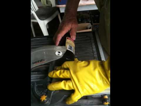 How to cut bottles with a tile saw