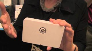 Hitachi's G-Connect: Wireless storage for iPad