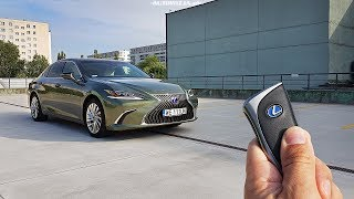 Lexus ES 300h TEST POV Drive & Walkaround English Subtitles