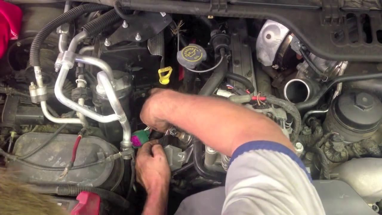 Glow Plug Removal On A 6 0 Ford Powerstroke Diesel Youtube