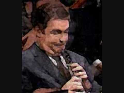 Richard Strauss: Oboe Concerto PART 1 ELAINE DOUVAS, SOLOIST - HOMAGE TO THE GREAT OBOISTS