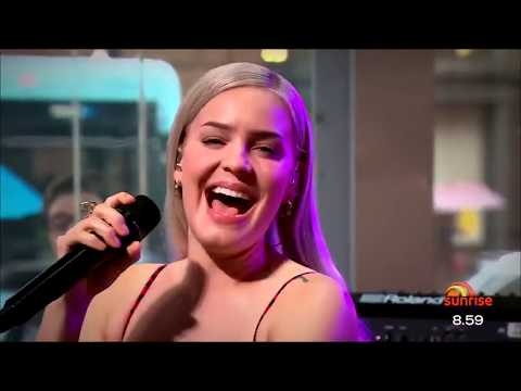 Anne-Marie - Perfect To Me Live At Sunrise