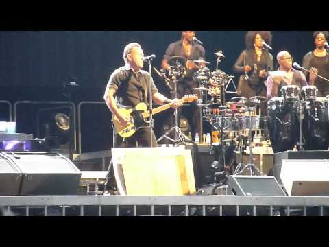 Bruce Springsteen - Trapped (Copenhagen, May 14, 2013)