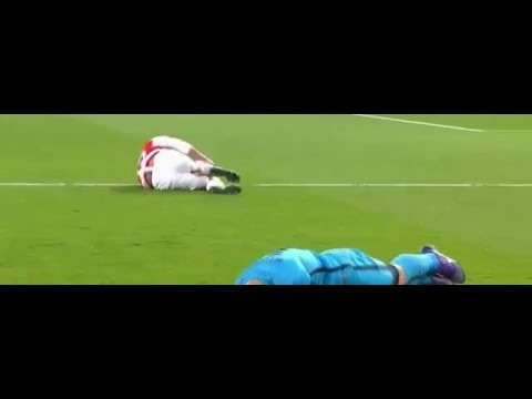 Javier Mascherano great tackle vs Arsenal