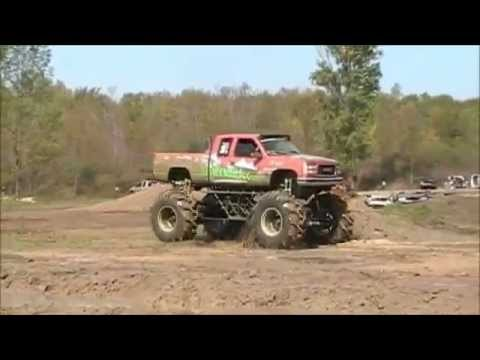 4X4 Mud Truck Victory Auto sales at spencer speedway Barnyar...