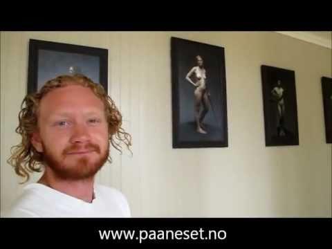 Kunstmaler Tor Petter Tobru på Halle Kunsthandel