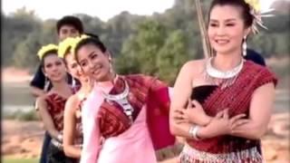 Hmong Music - Hlub Tom Ntug Dej