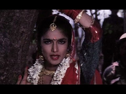 Tum Oh Julmi Saudagar (Video Song) - Lady Robinhood