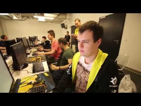 Na`Vi in CommerzBank Arena cellars @ ESL One Frankfurt (Eng subs to be added later)