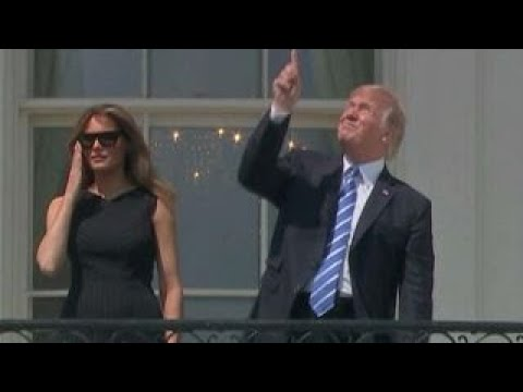 Trump glanced at eclipse without glasses, is he in danger of going blind?