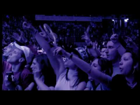 Laura Pausini - Bendecida Pasion