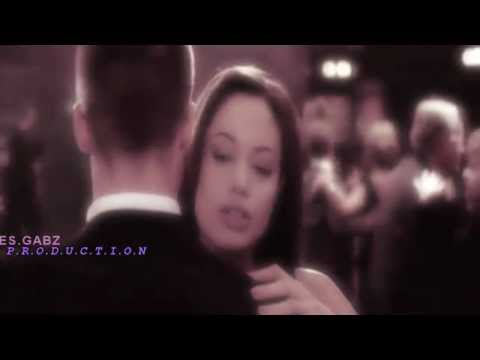 Angelina Jolie -sex On Fire video