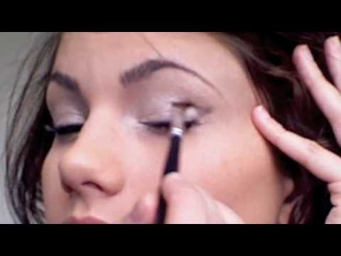 Kim Kardashian Smokey Eye and Nude Lip Makeup Tutorial