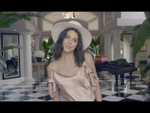 Kendall Jenner Shares Crazy Justin Bieber Rumor & More! (VOGUE 73 QUESTIONS)