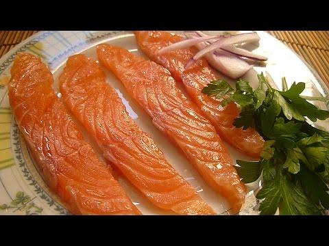 Как быстро засолить рыбу - видео