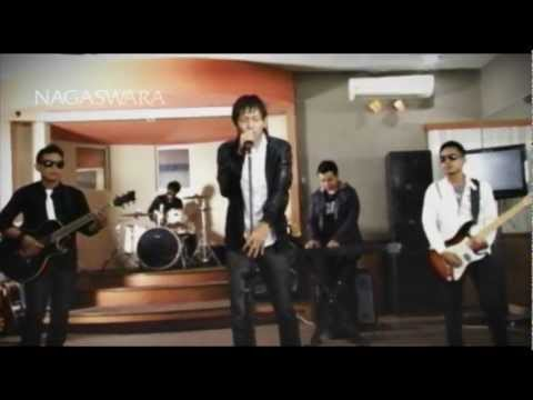 download lagu Dadali - Katakan Cinta - Official Video gratis