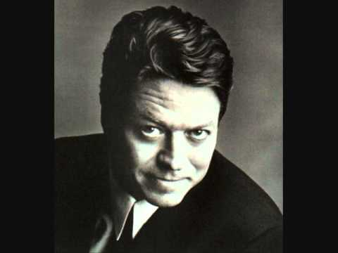 Robert Palmer - You Overwhelm Me