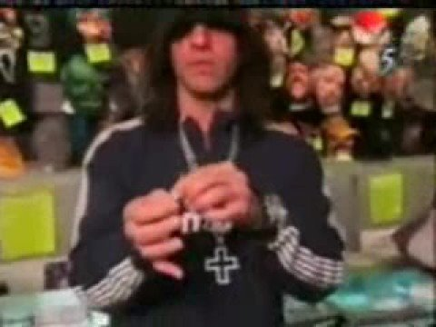 Criss Angel (Mindfreak) - Toothpick Party Trick