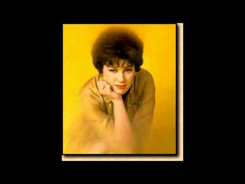Patsy Cline - A Stranger In My Arms