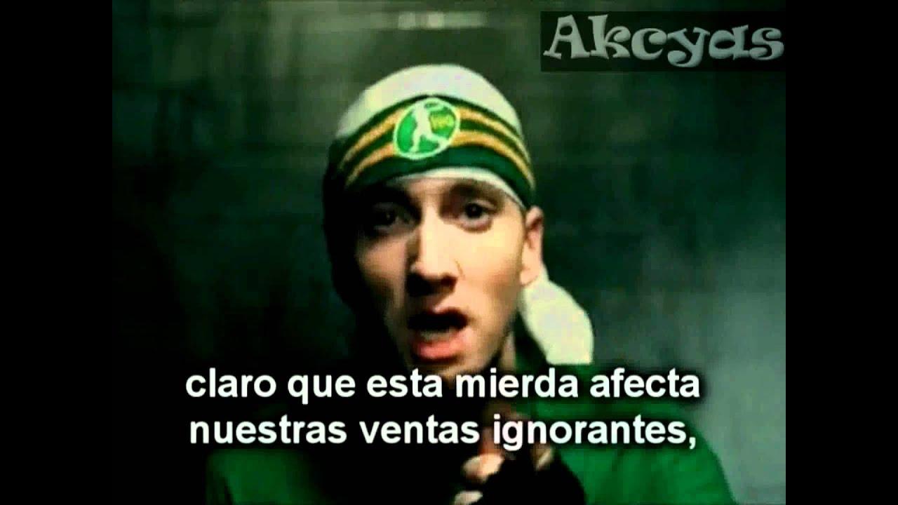 Eminem sing for moment