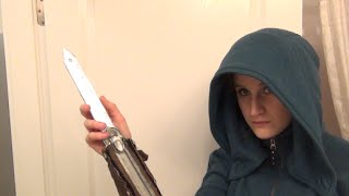 How to make a Assassins Creed Hidden Blade, Cosplay Tutorial DIY, Easy Costume Ideas
