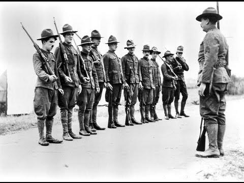 Charlie Chaplin- Shoulder Arms (1918)- Legendado