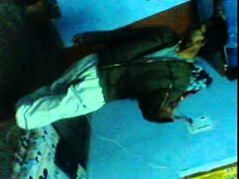 goldi thakur funki dance in mujhe no lakha manga de re.3gp