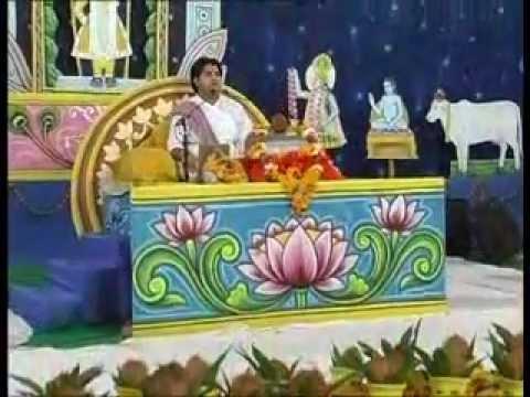 Jug Jug Jiwe Re Yasoda Maiya Tero Lalna By Shri Sanjeev Krishna Thakur Ji video