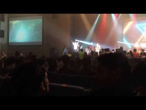 Bijuriya-Sonu Nigam Live at the J&J Auditorium.