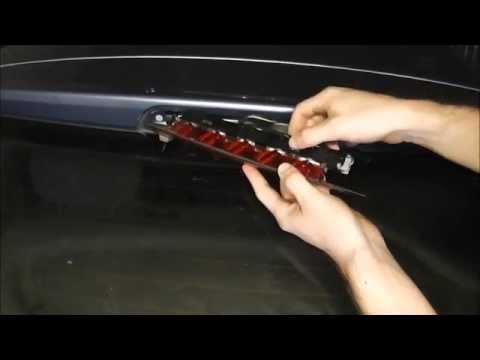 Ford Focus Center High Level Brake Bulb Change