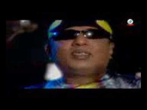 Ek Akasher Tara Tui by Ayub Bachchu    Sangeeta Official Song