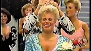 Miss America 1989- Crowning: Gretchen Carlson, Miss Minnesota
