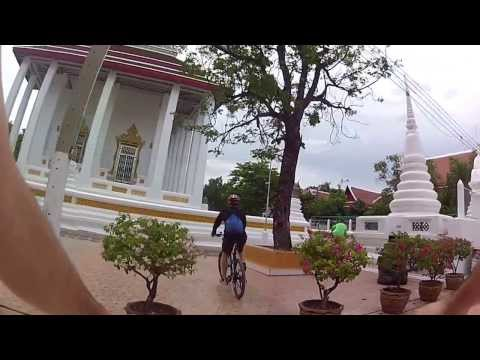 Biking in Bangkok temple