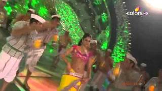Katrina Kaif Dance Performance On Chikni Chameli !! 18th Annual Colors Screen Awards (2012)