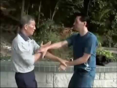 Großmeister Ip Ching & Meister Samuel Kwok Chi Sao (Wing Chun)