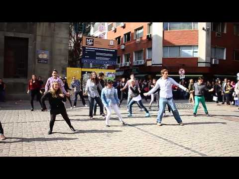 FLASHMOB PLAN CEIBAL 6 AÑOS