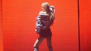 ???? (BLACKPINK) Solo Stage [??] LISA 4K ?? Fancam by Mera