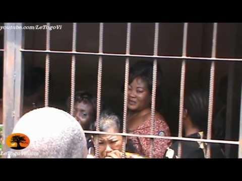 Prison civile de Lomé - Quartier des femmes: Elles chantent leur désir de rentrer chez elles.