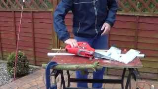 How to use an Electric Saw - Electric Chain Saw