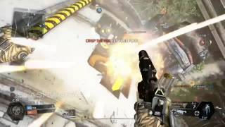 Titanfall gameplay: Rodeoing an Ogre